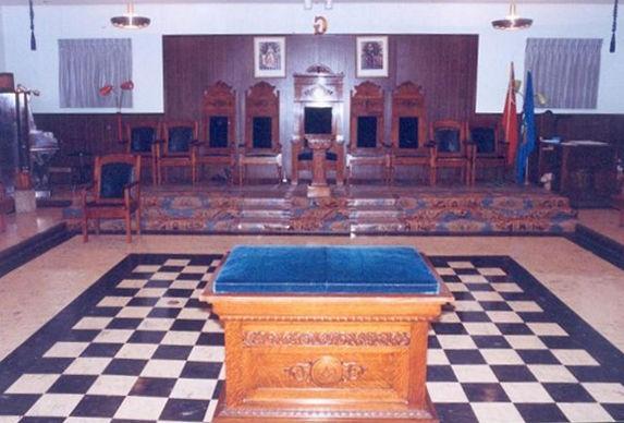 lodge-room-east